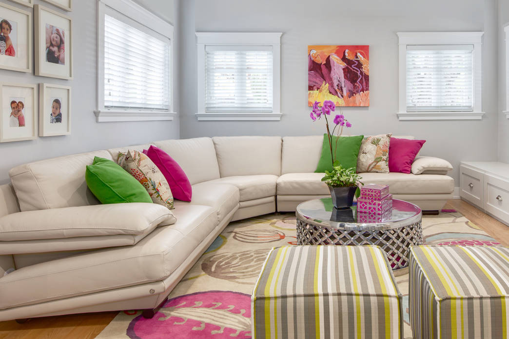 beautiful colorful living room pink green